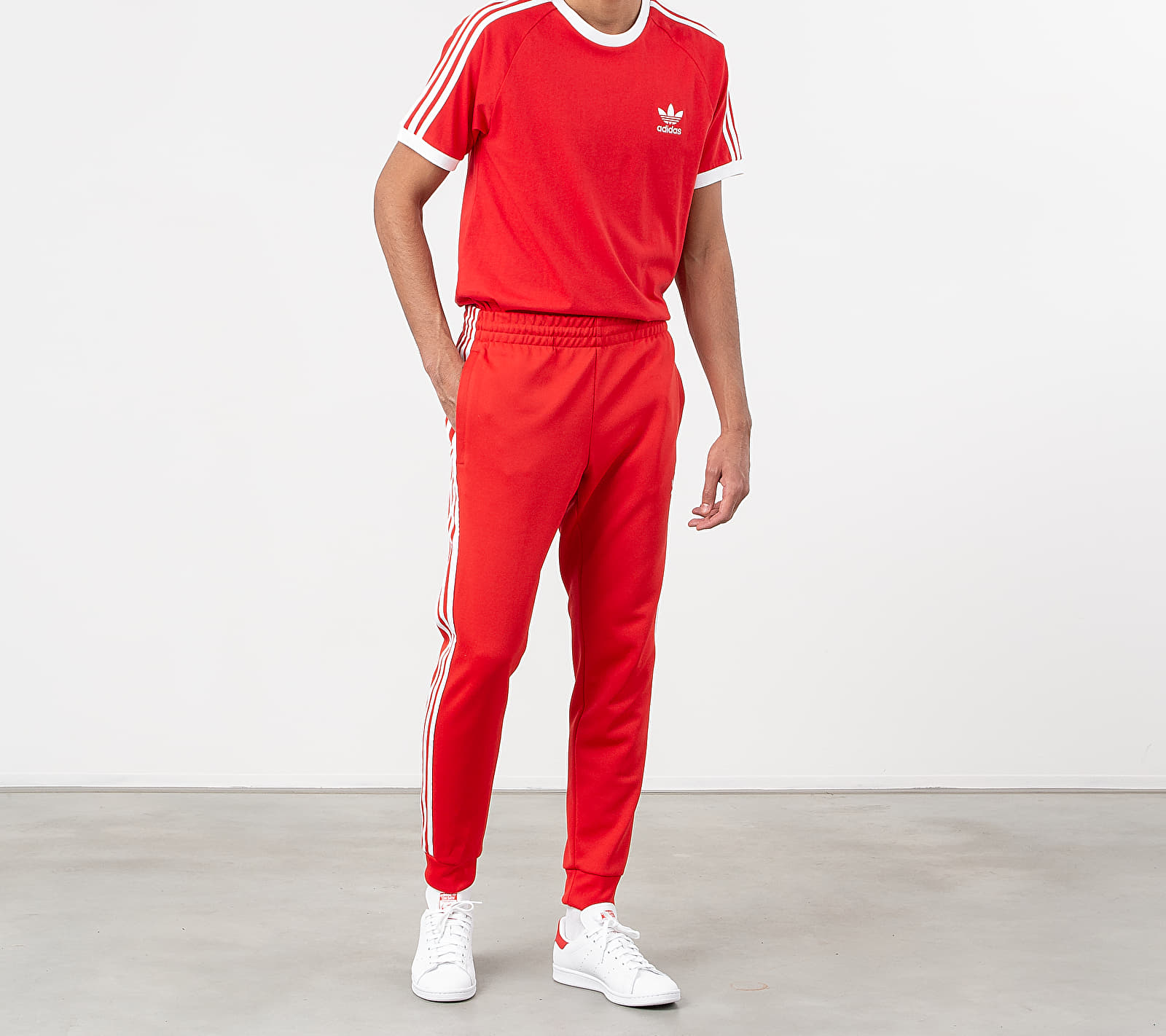 adidas Superstar Trackpants Lush Red