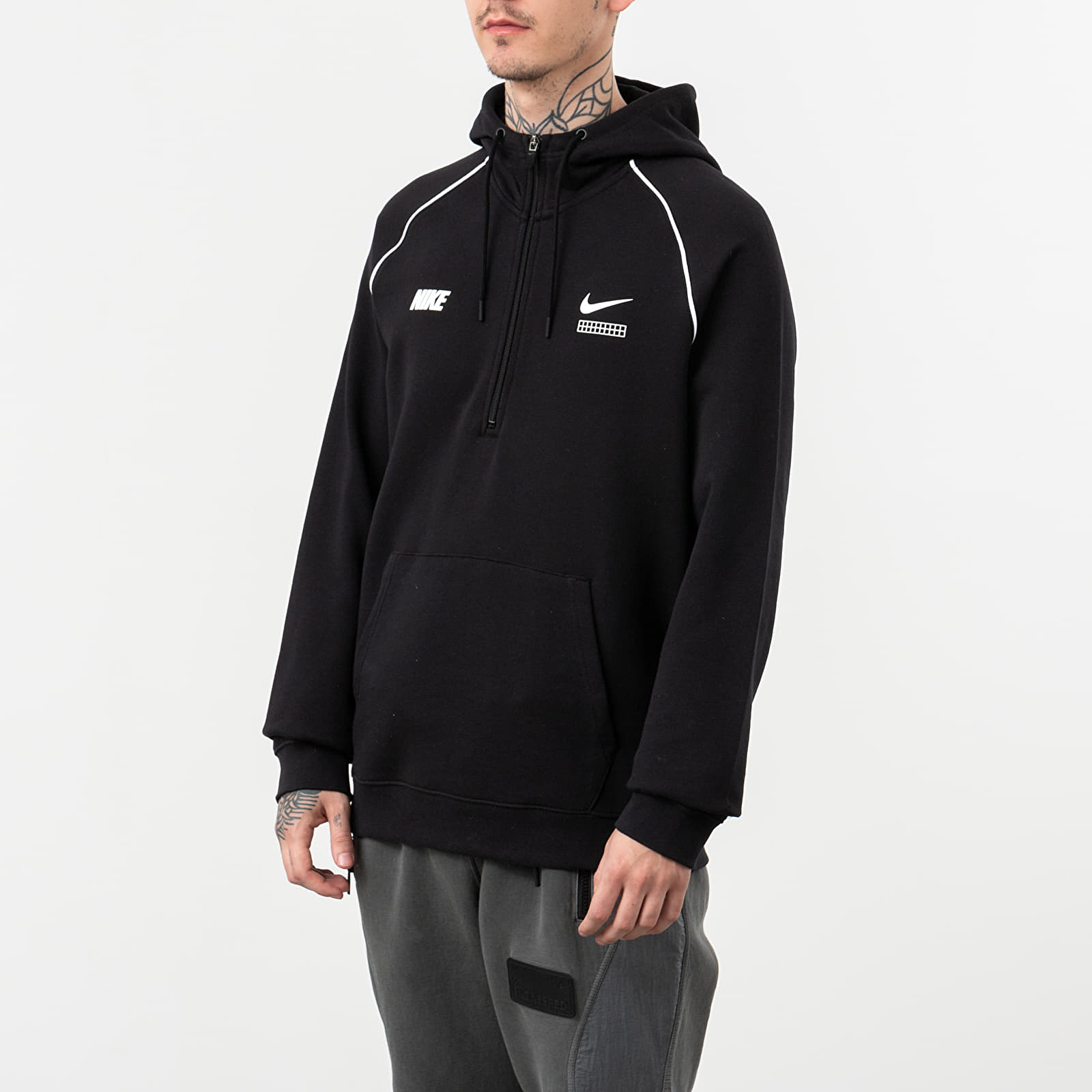 Mikiny a svetry Nike Sportswear DNA Hoodie Black/ White