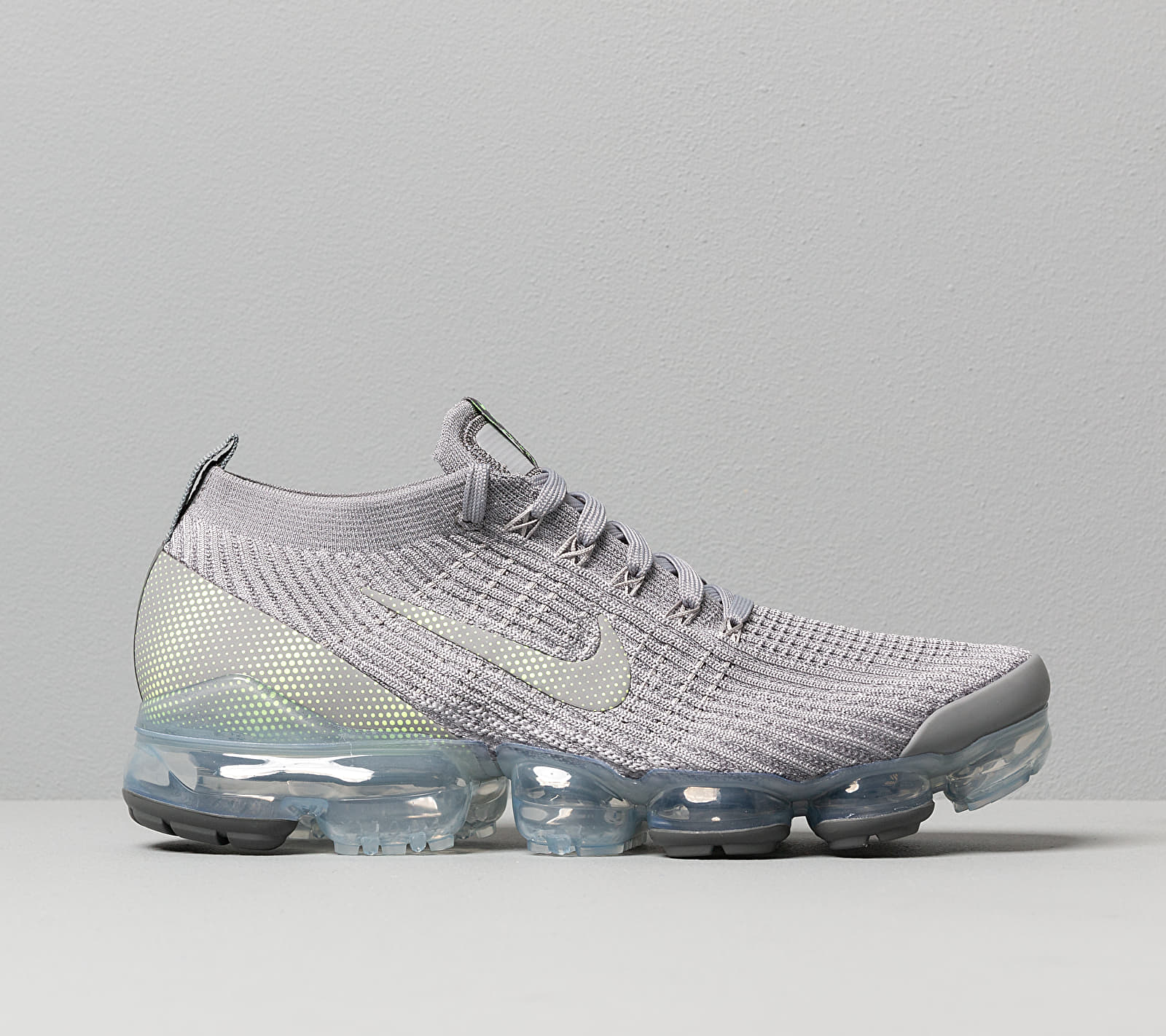 Nike Air Vapormax Flyknit 3 Particle Grey/ Ghost Green-Iron Grey, Gray
