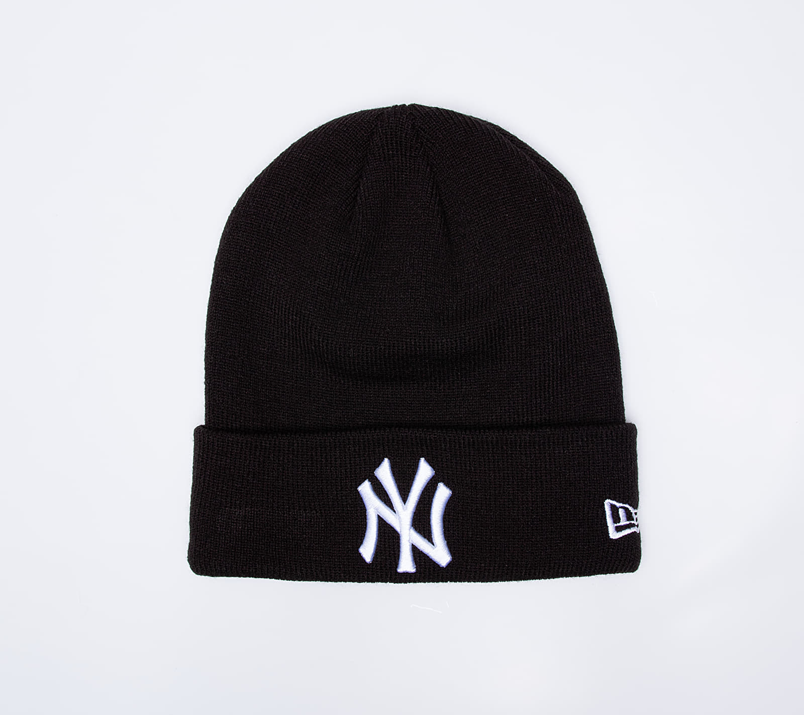 New Era MLB Essential Cuff New York Yankees Beanie Black Univerzální velikost