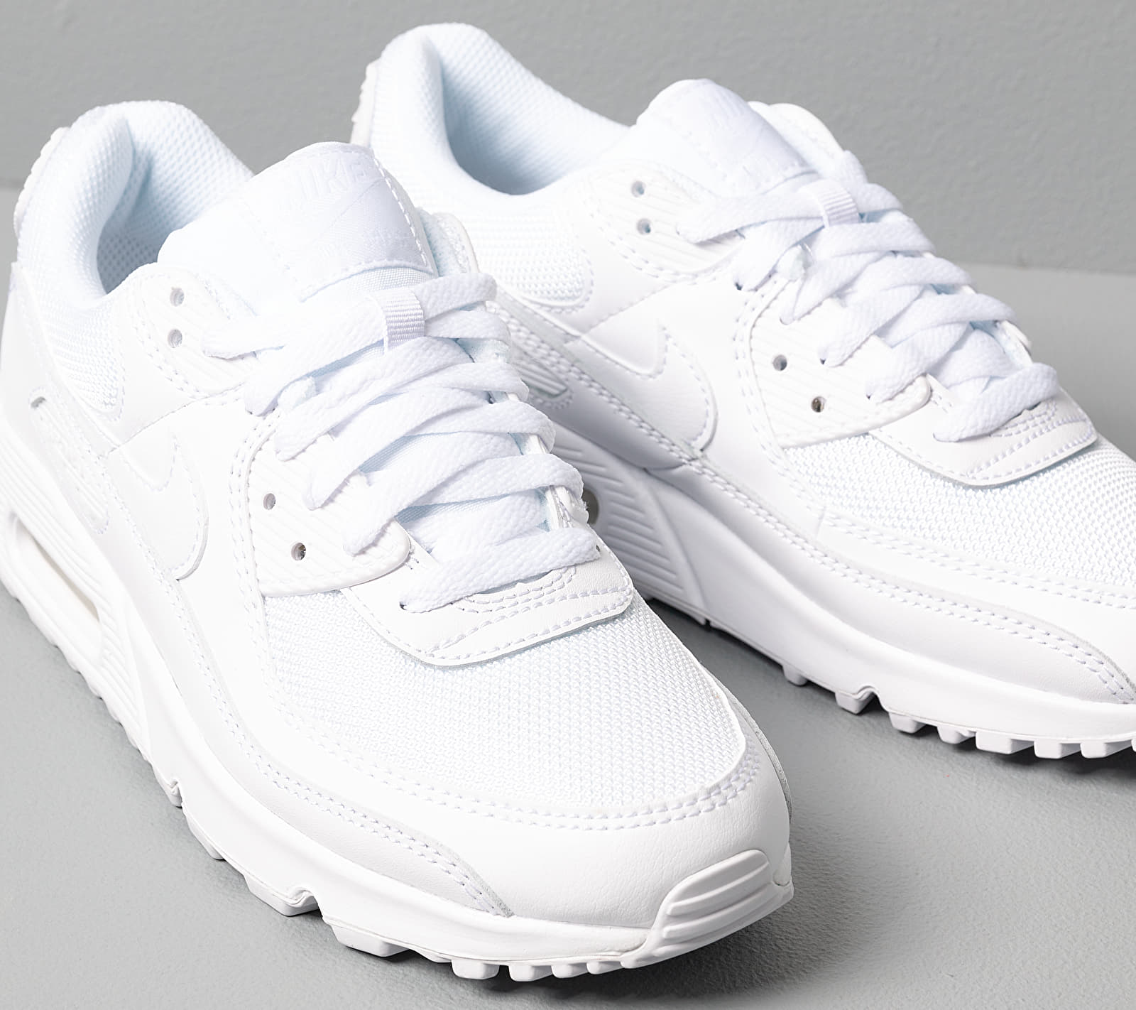 Nike W Air Max 90 White White White Wolf Grey Buy At The Price