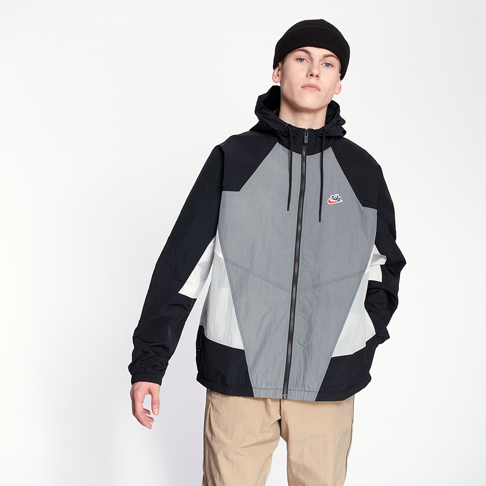 Bundy Nike Sportswear HE Wr Woven Signature Jacket Smoke Grey/ Black/ Light Smoke Grey