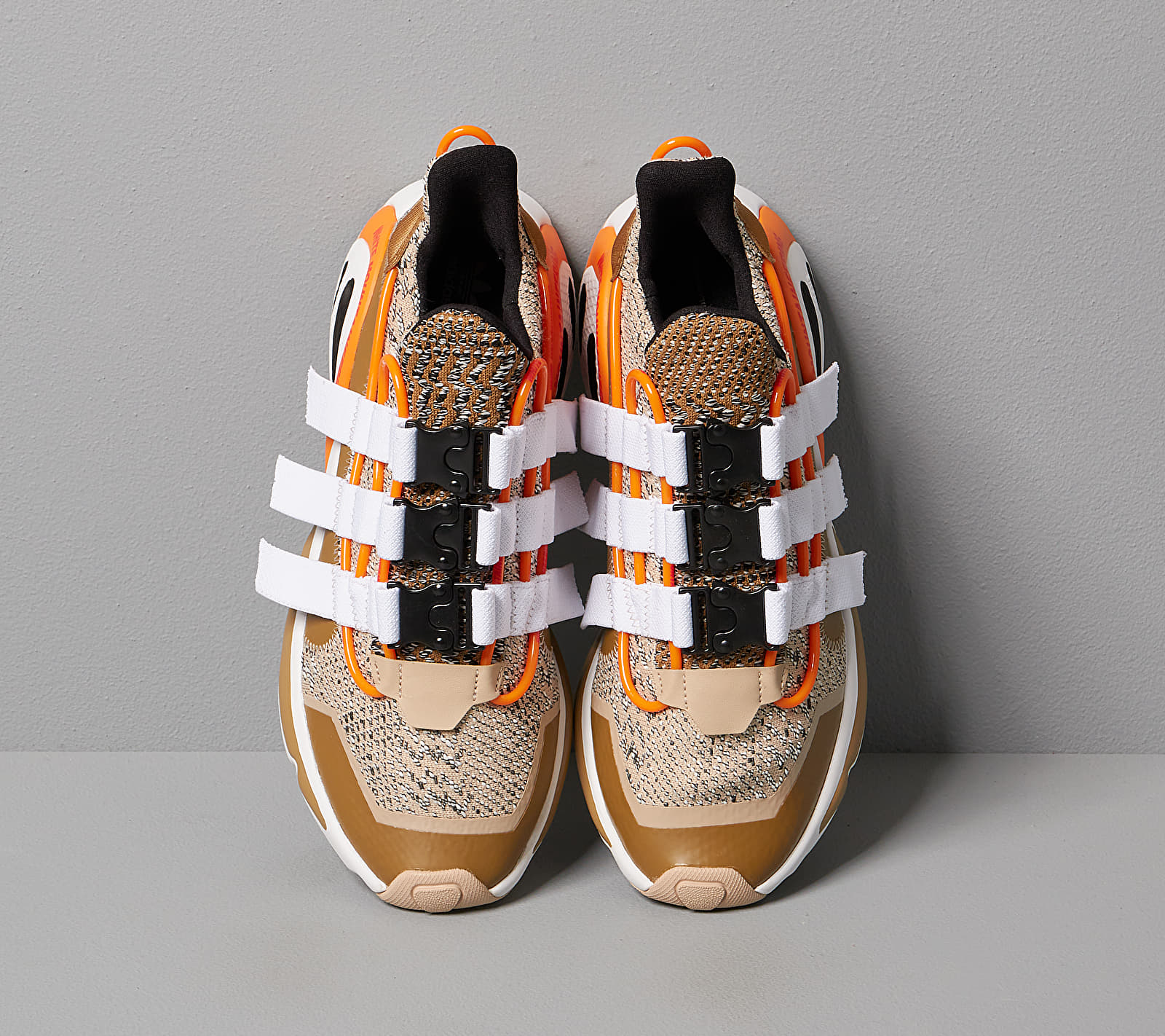 adidas x White Mountaineering LXCON Supplier Colour/ Ftwr White/ Core Black, Brown