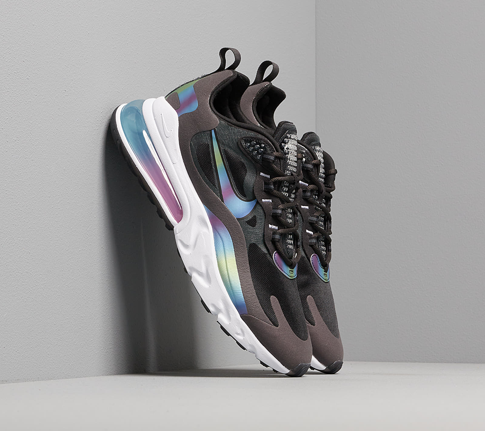 Nike Air Max 270 React 20 Dk Smoke Grey Multi Color Black White Gray Buy At The Price Of 147 00 In Footshop Eu Imall Com