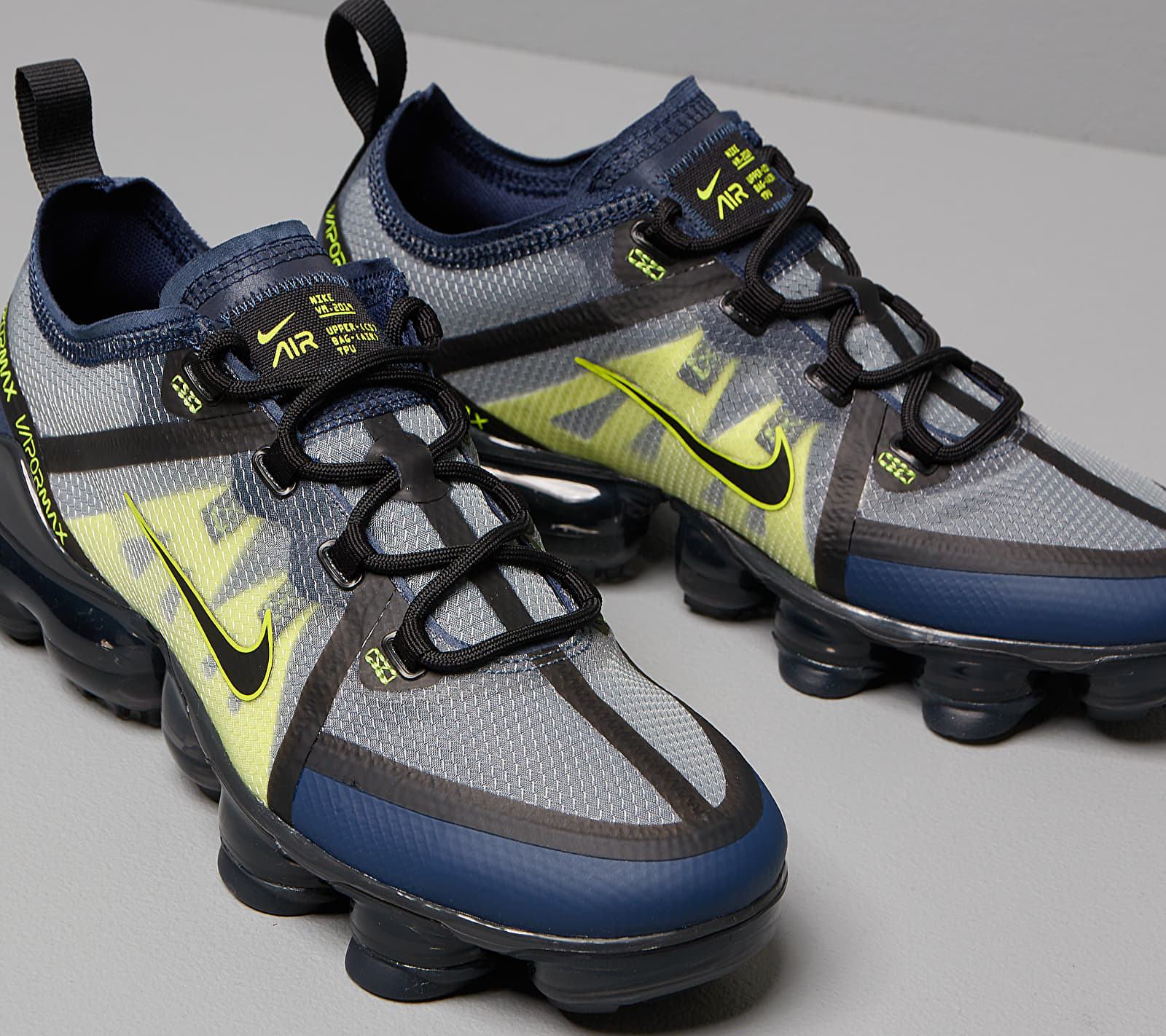 Nike Air Vapormax 2019 (GS) Midnight Navy/ Black-Lemon Venom, Blue