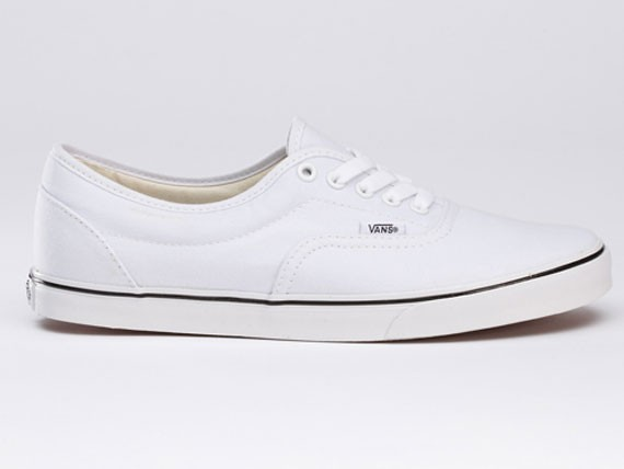 3a2de37794 Vans LPE True White