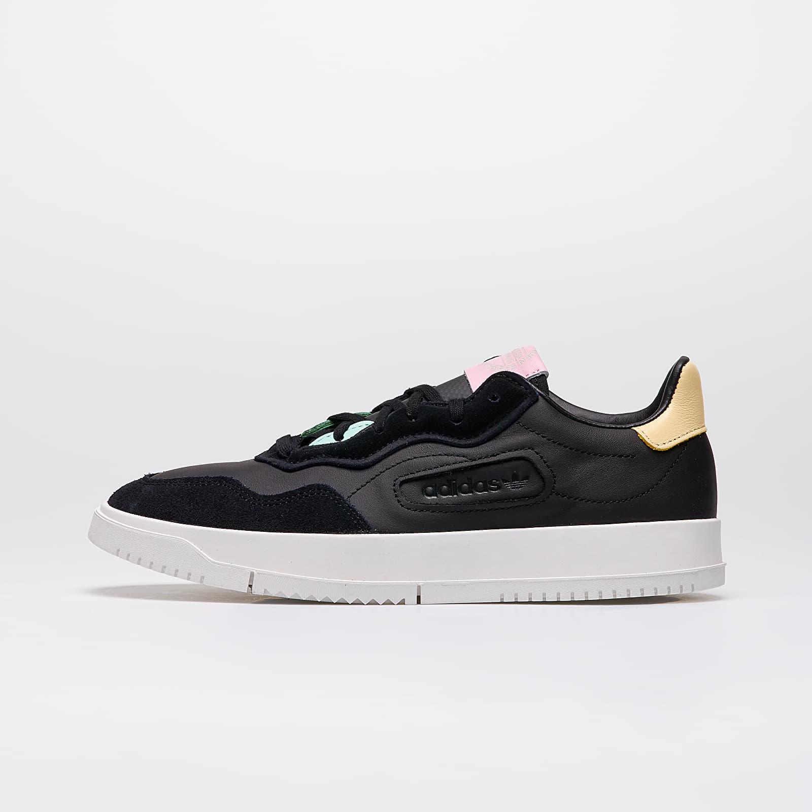 Scarpe e sneaker da uomo adidas SC Premiere Core Black/ Core Black/ Easy Yellow