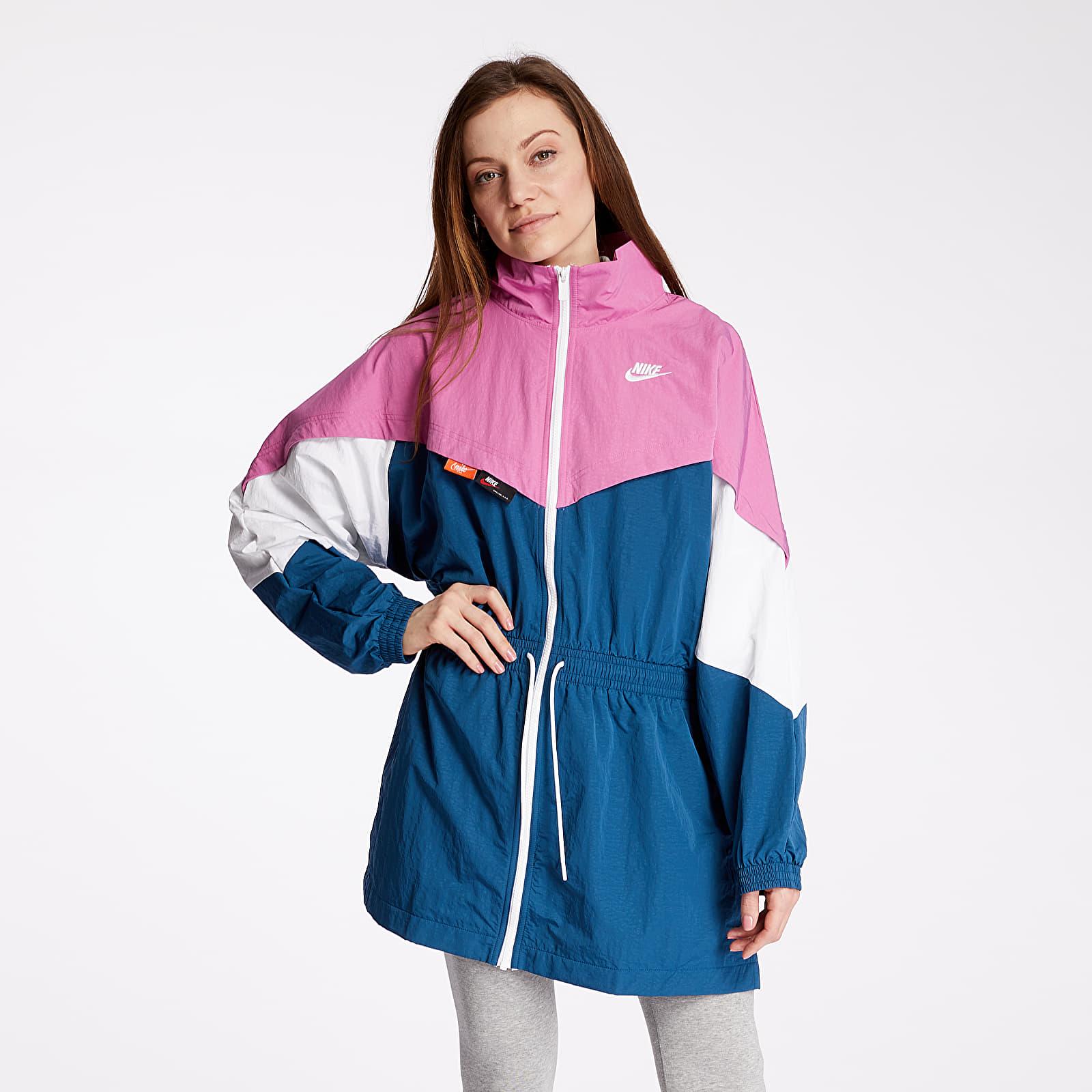 Übergangsjacken Nike Sportswear Icon Clash Track Woven Jacket Cosmic Fuchsia