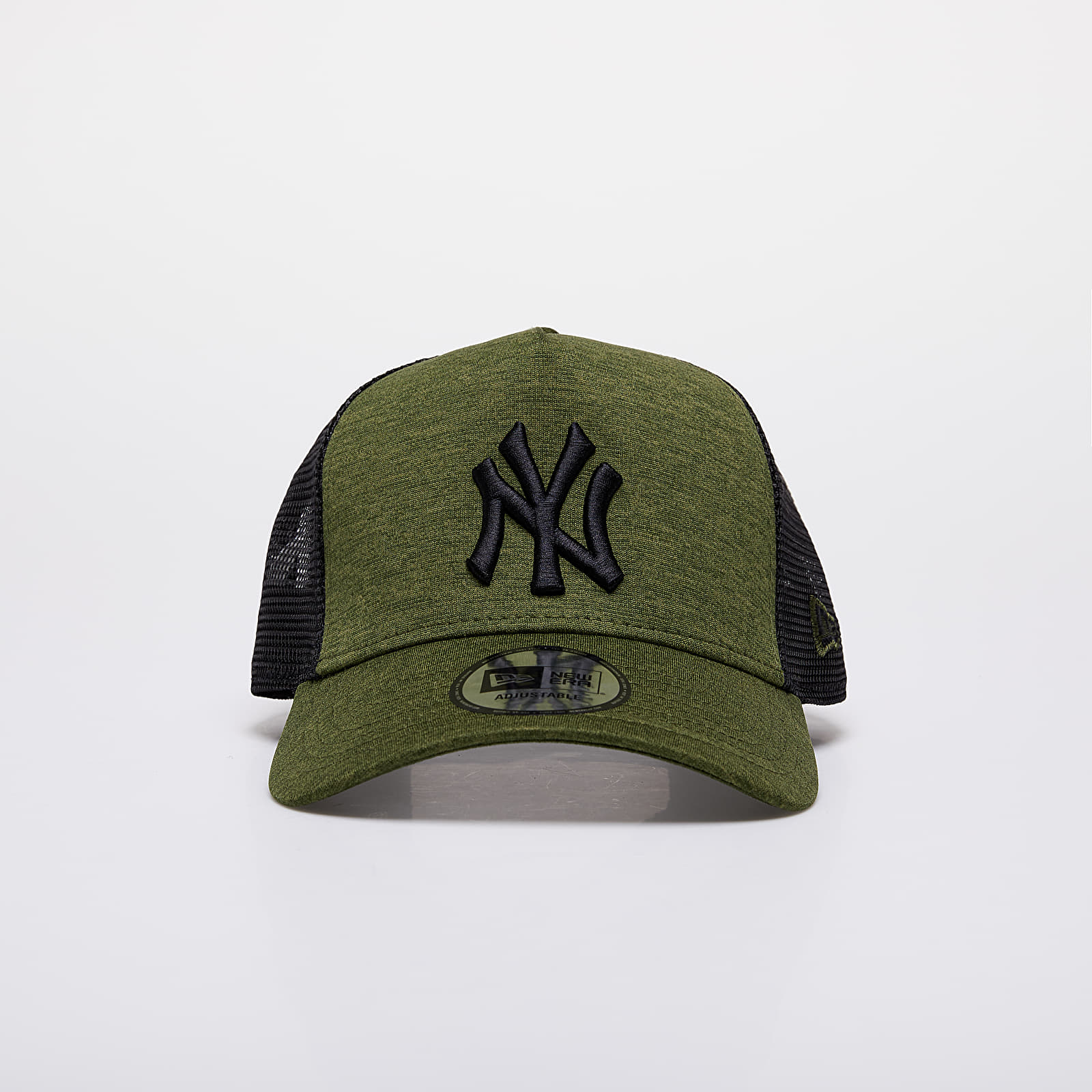 New Era MLB Shadow Tech New York Yankees Trucker