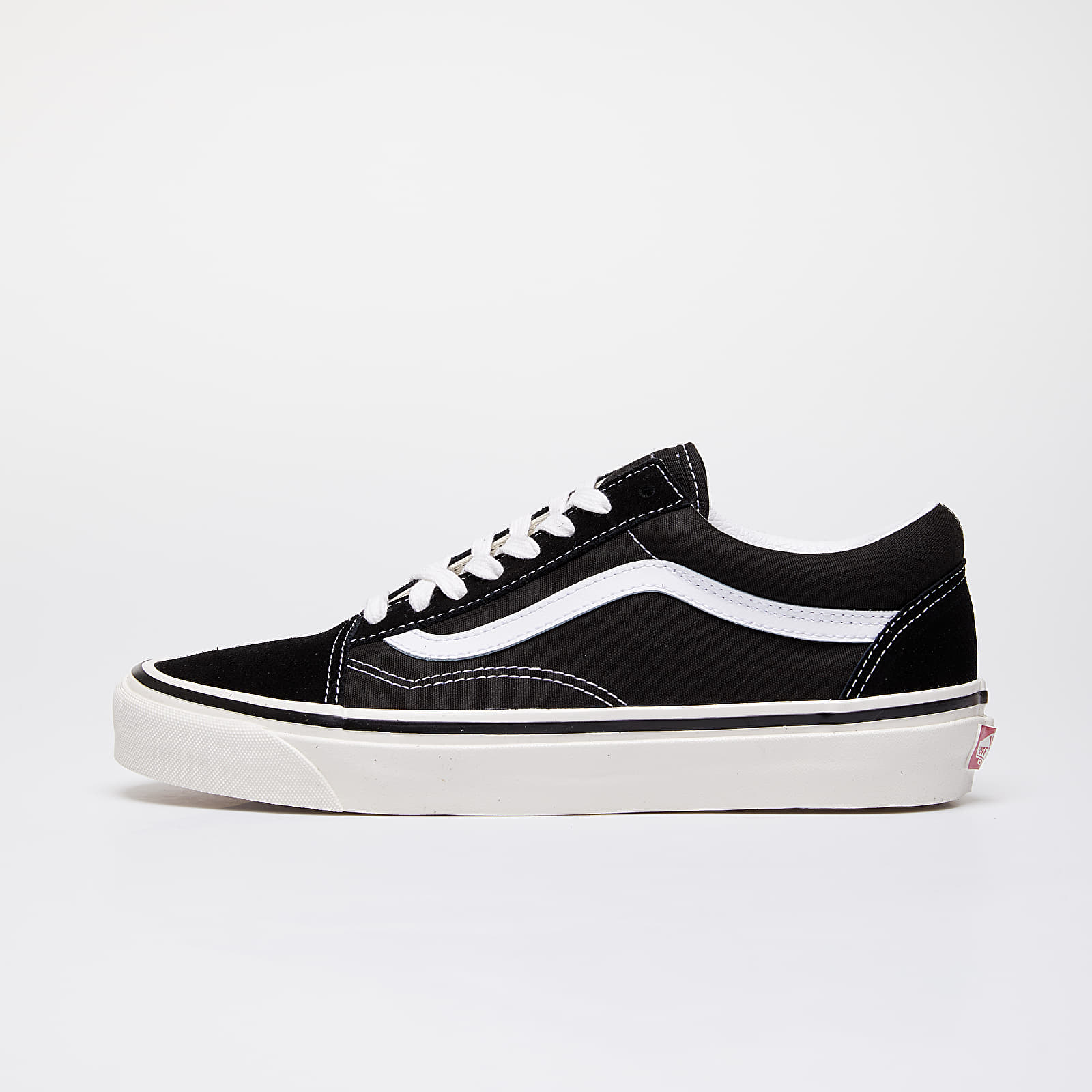 Männer Vans Old Skool 36 DX Black/ True White