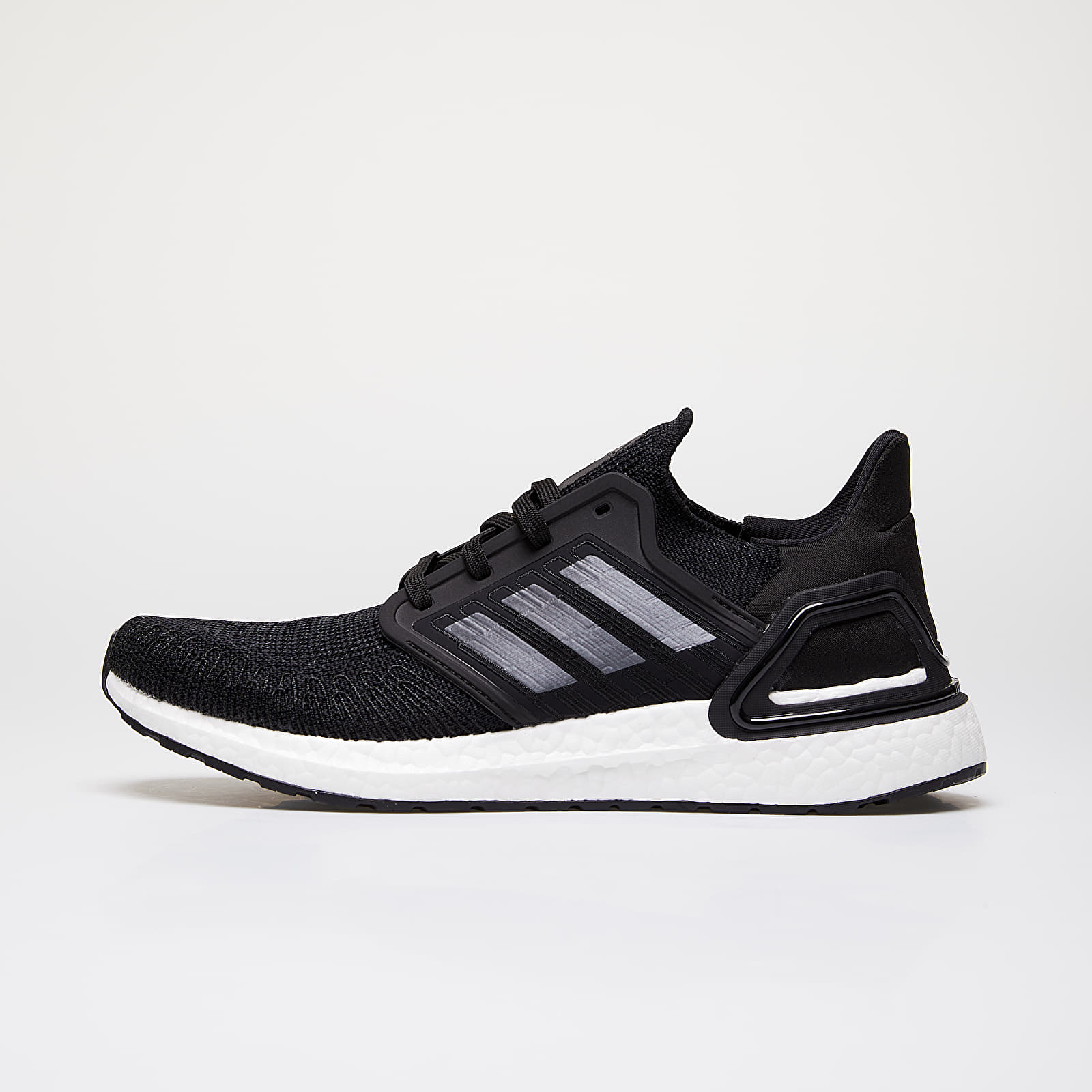 Chaussures et baskets homme adidas UltraBOOST 20 Core Black/ Night Metalic/ Ftw White