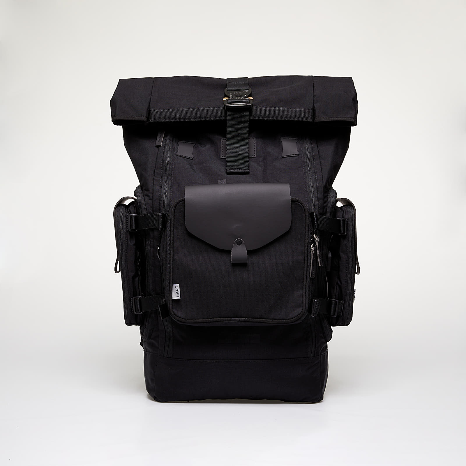 Sacs à dos NAUT Nomad Pro Backpack Black