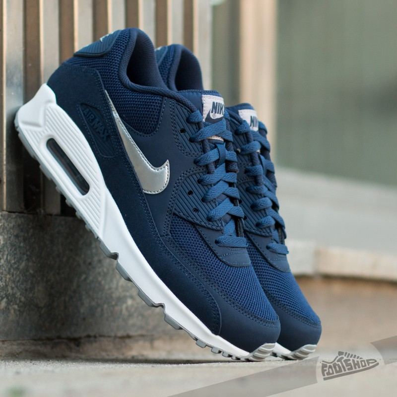 low priced ad349 d9436 Nike Air Max 90 Essential. Midnight Navy  Metallic Silver- White