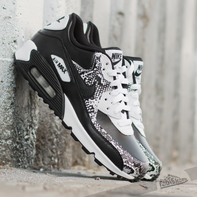 online store a1aa5 5162a Nike Air Max 90 Premium Leather (GS). Black  Black-White