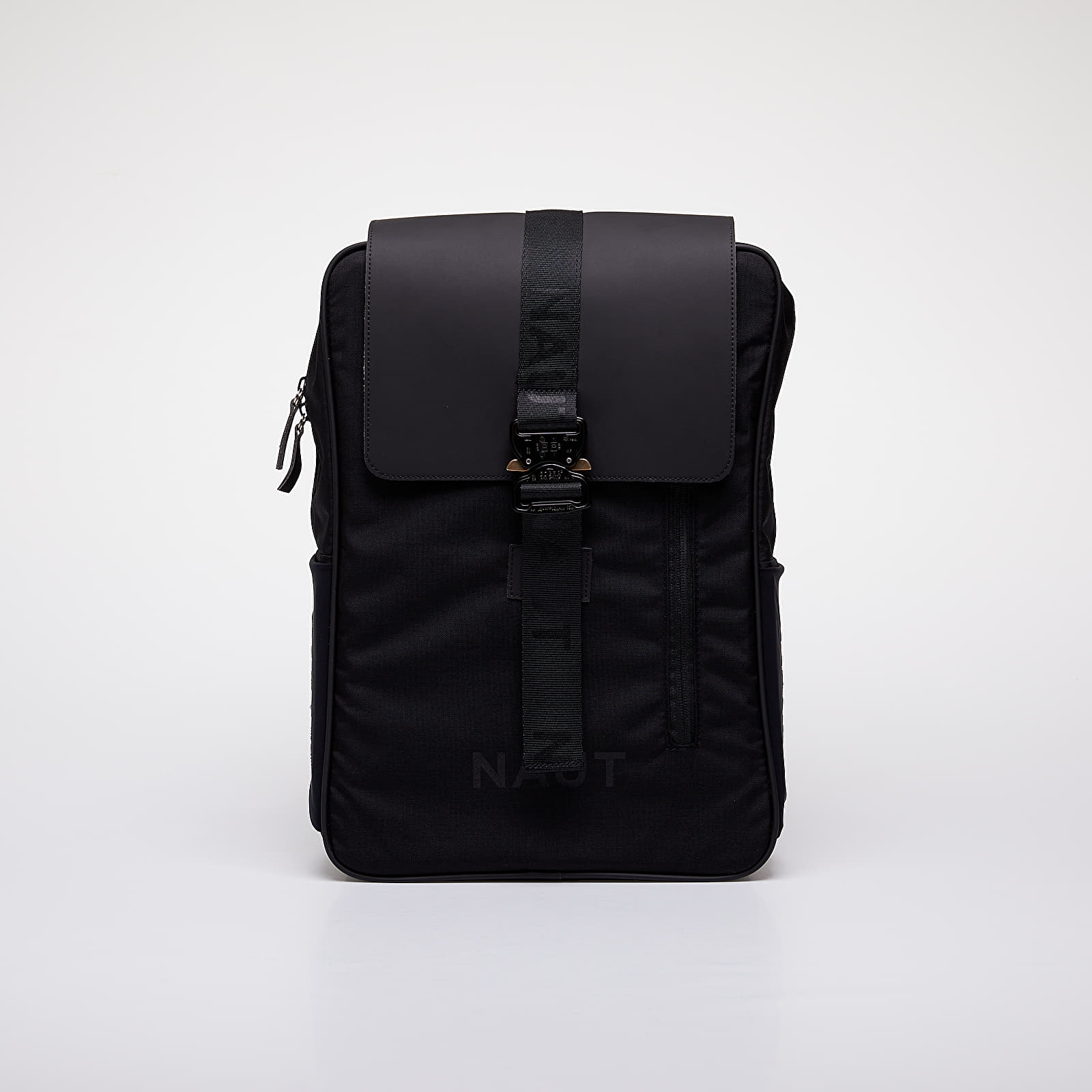NAUT Strato Backpack