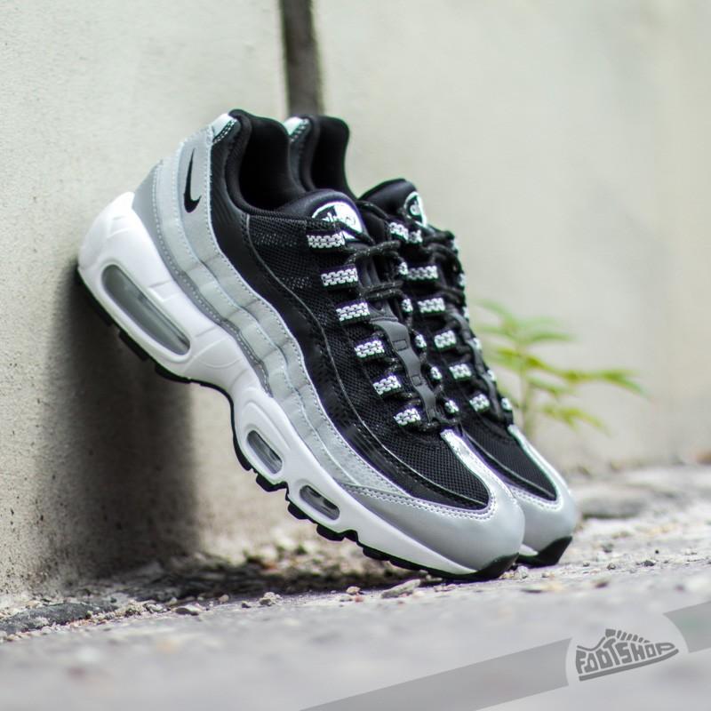 best sneakers c411d a5cdd Nike Wmns Air Max 95 QS