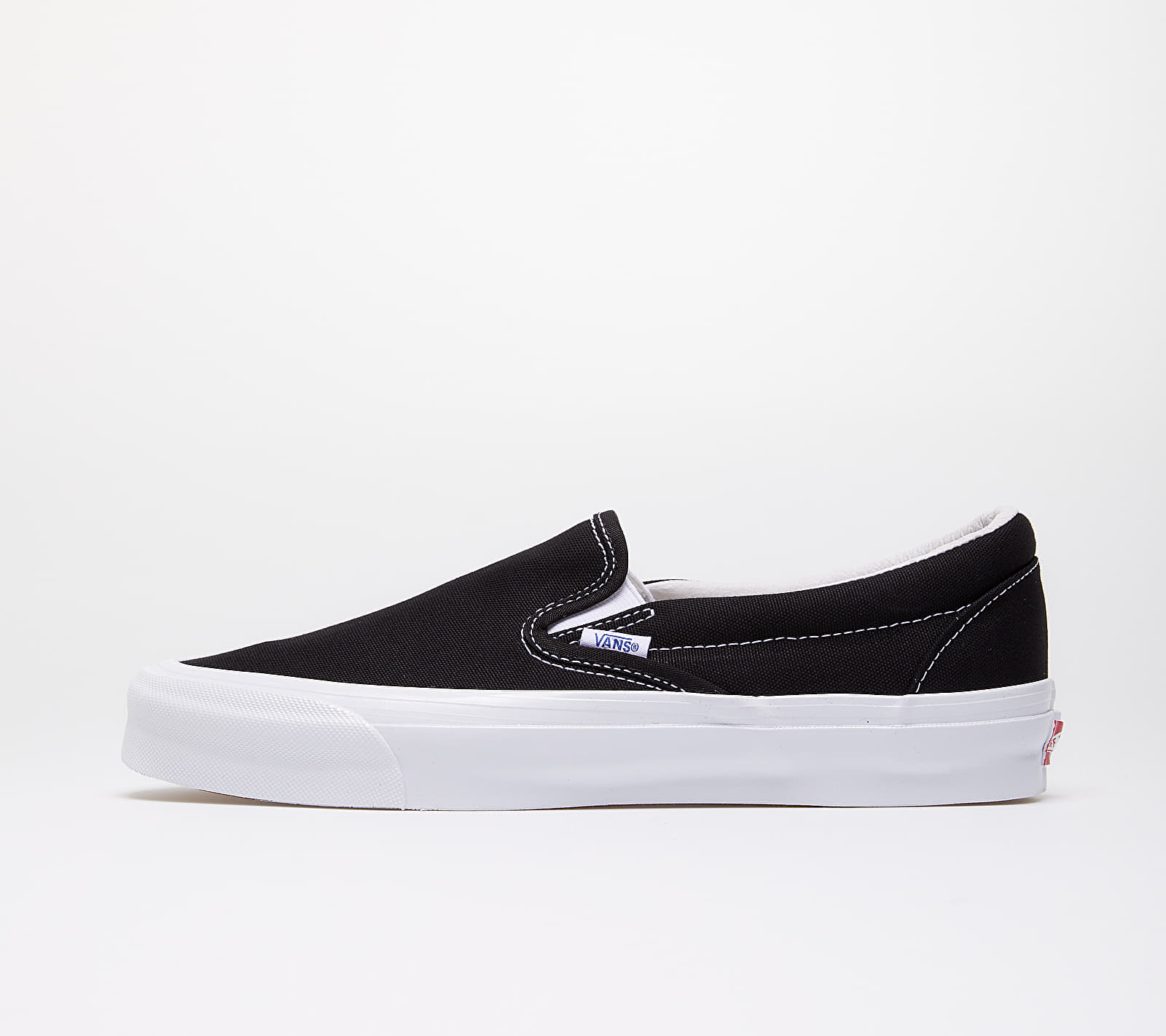 Vans OG Classic Slip-On (Canvas) Black/ True White EUR 40.5