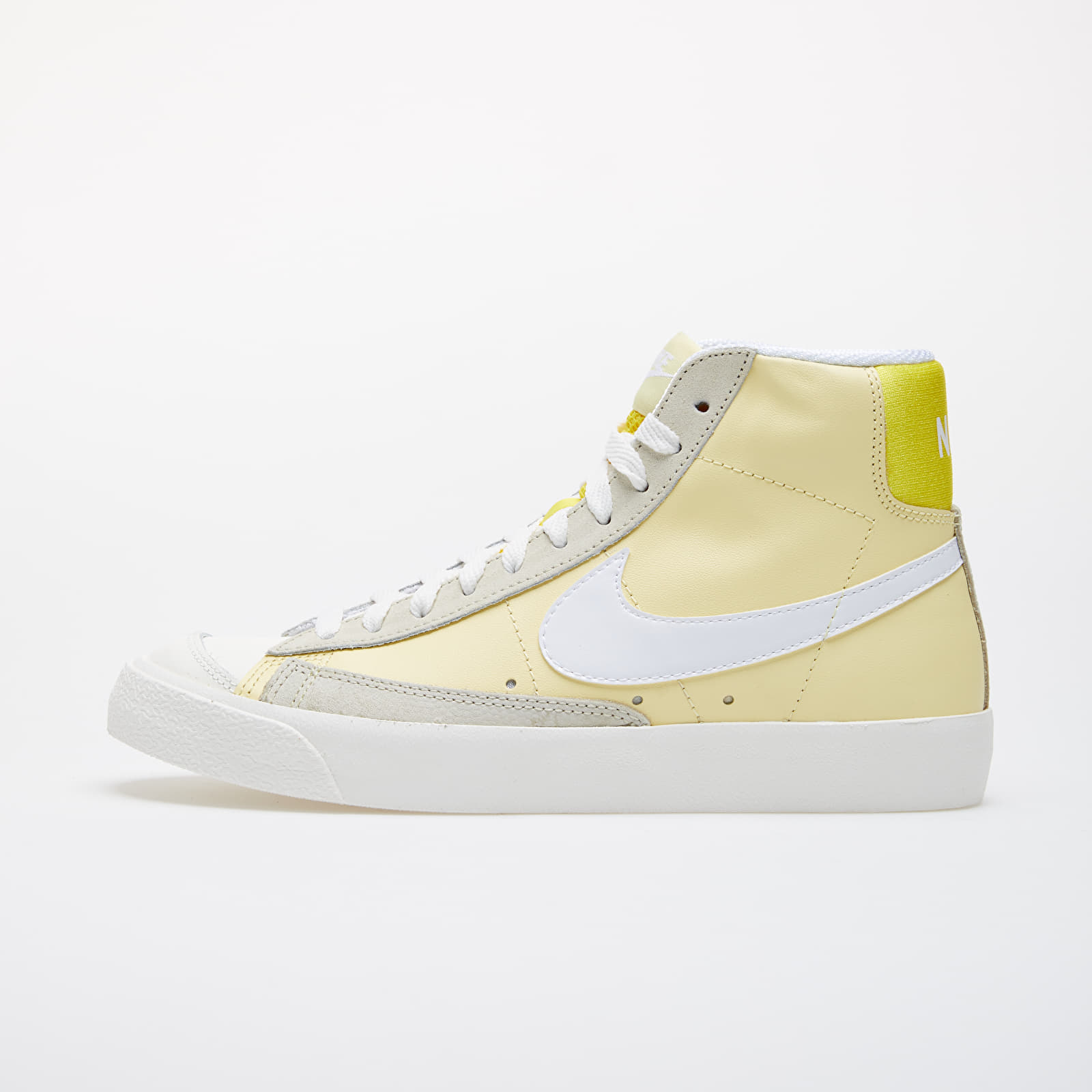 Women's shoes Nike Wmns Blazer Mid '77 Bicycle Yellow/ White-Opti Yellow-Fossil
