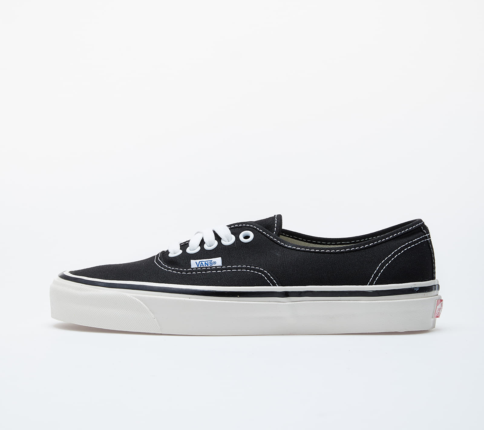 Vans Authentic 44 DX Black EUR 36