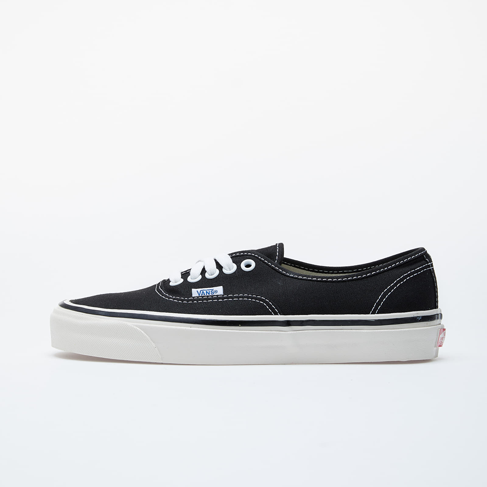Men's shoes Vans Authentic 44 DX Black