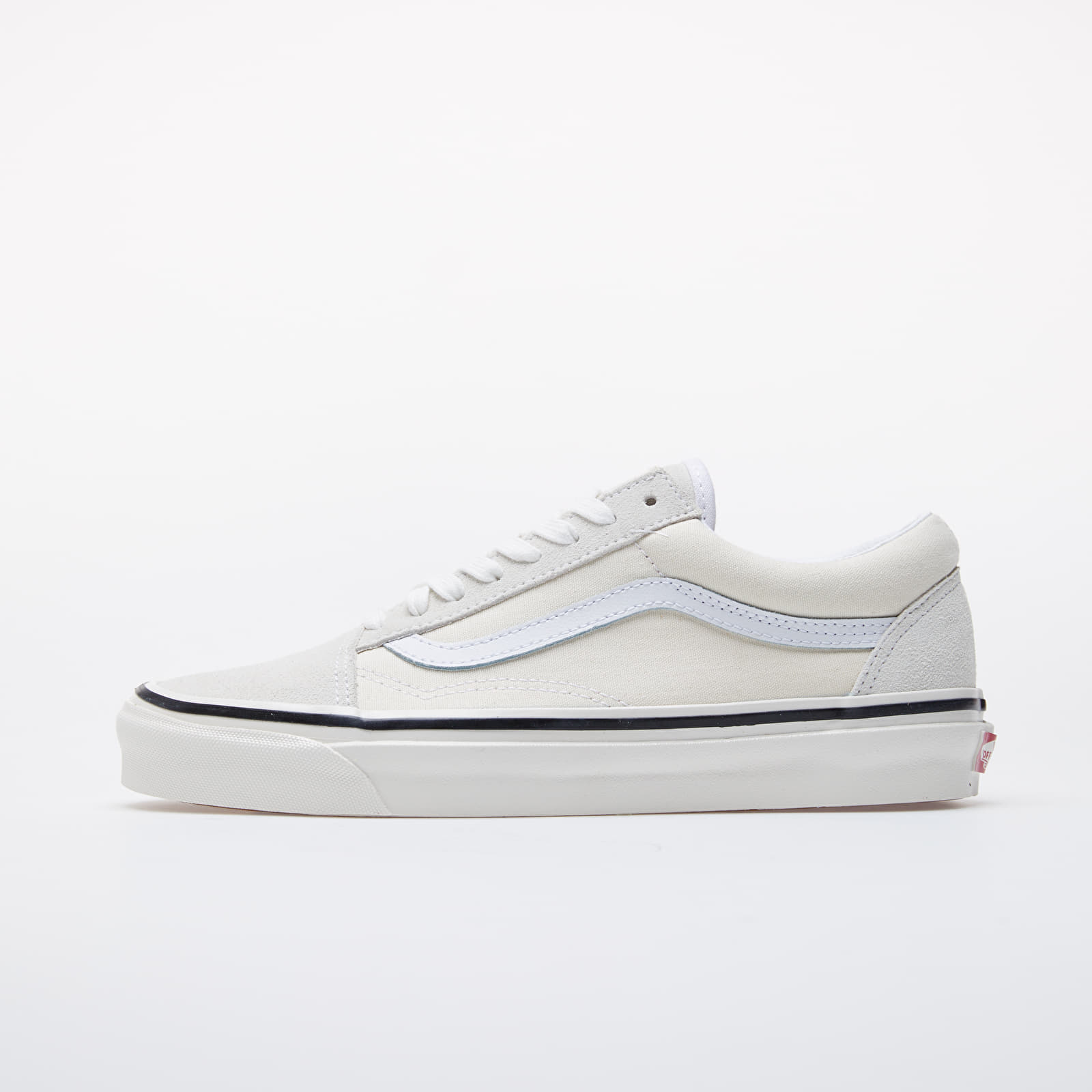 Чоловіче взуття Vans Old Skool 36 DX Classic White