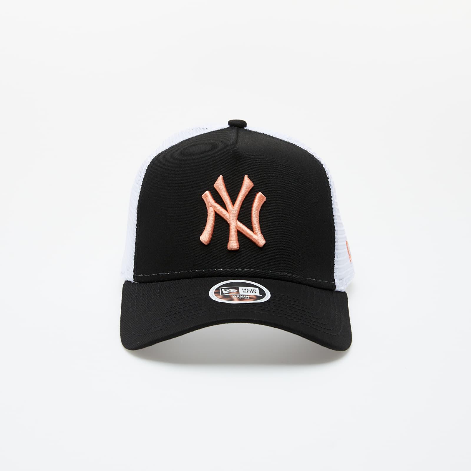 New Era 9Forty New York Yankees Essential A-Frame Trucker Women's Cap