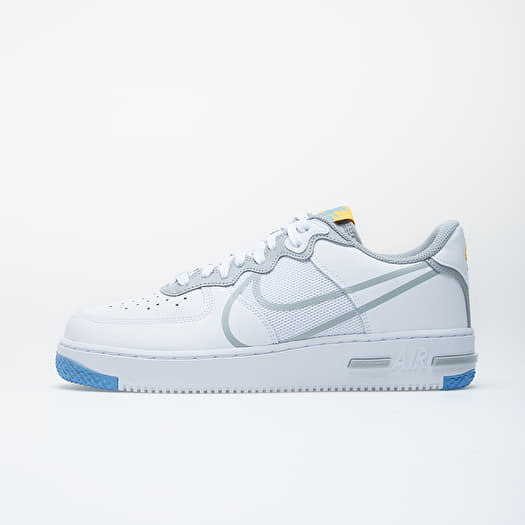 chaussure nike air force one react