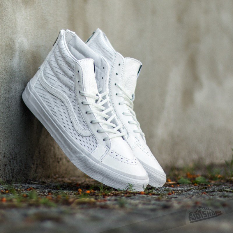 d35ae91b556dcd Vans Sk8-Hi Slim Zip Perf Leather True White
