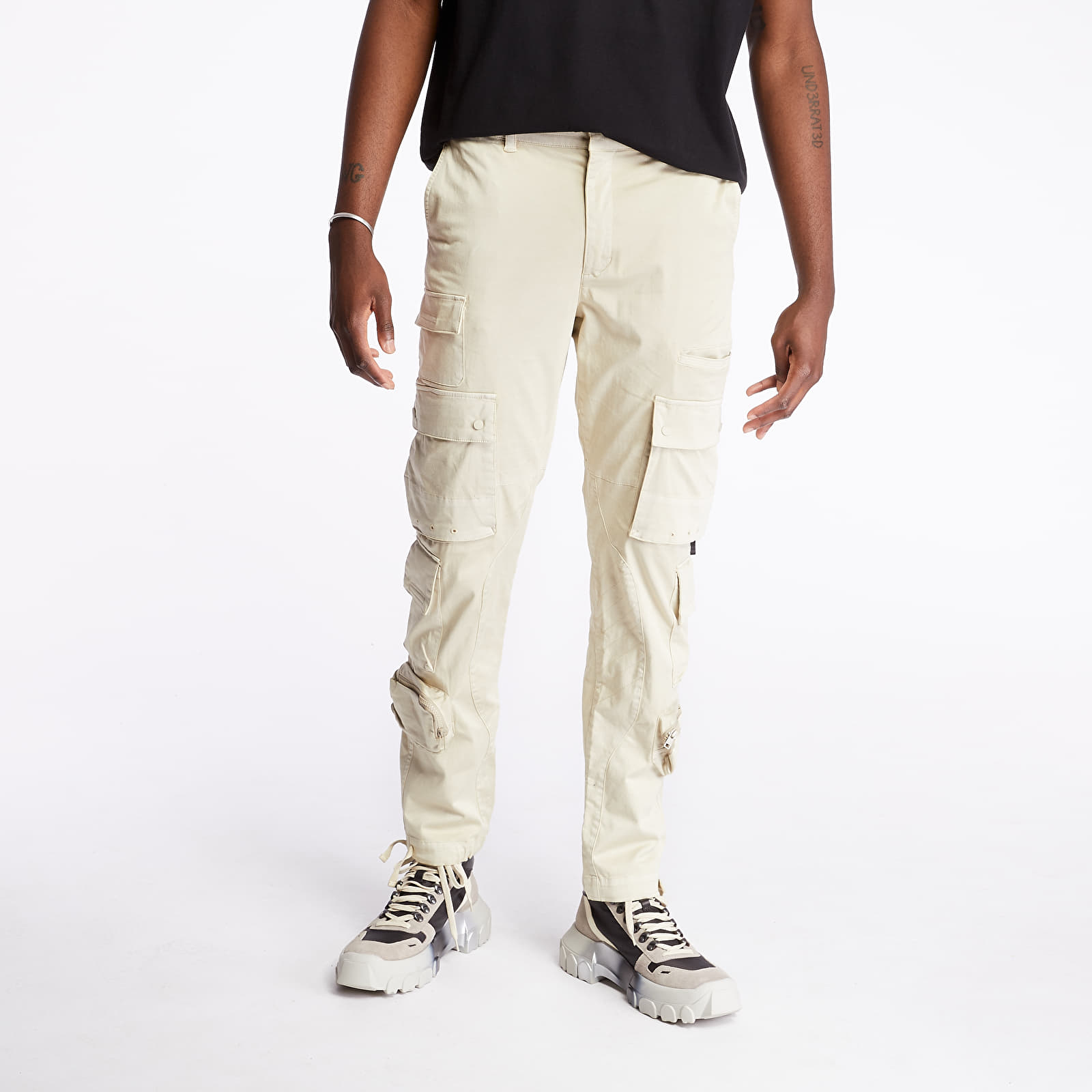 Pants and jeans STAMPD Eisen Cargo Pants Beige