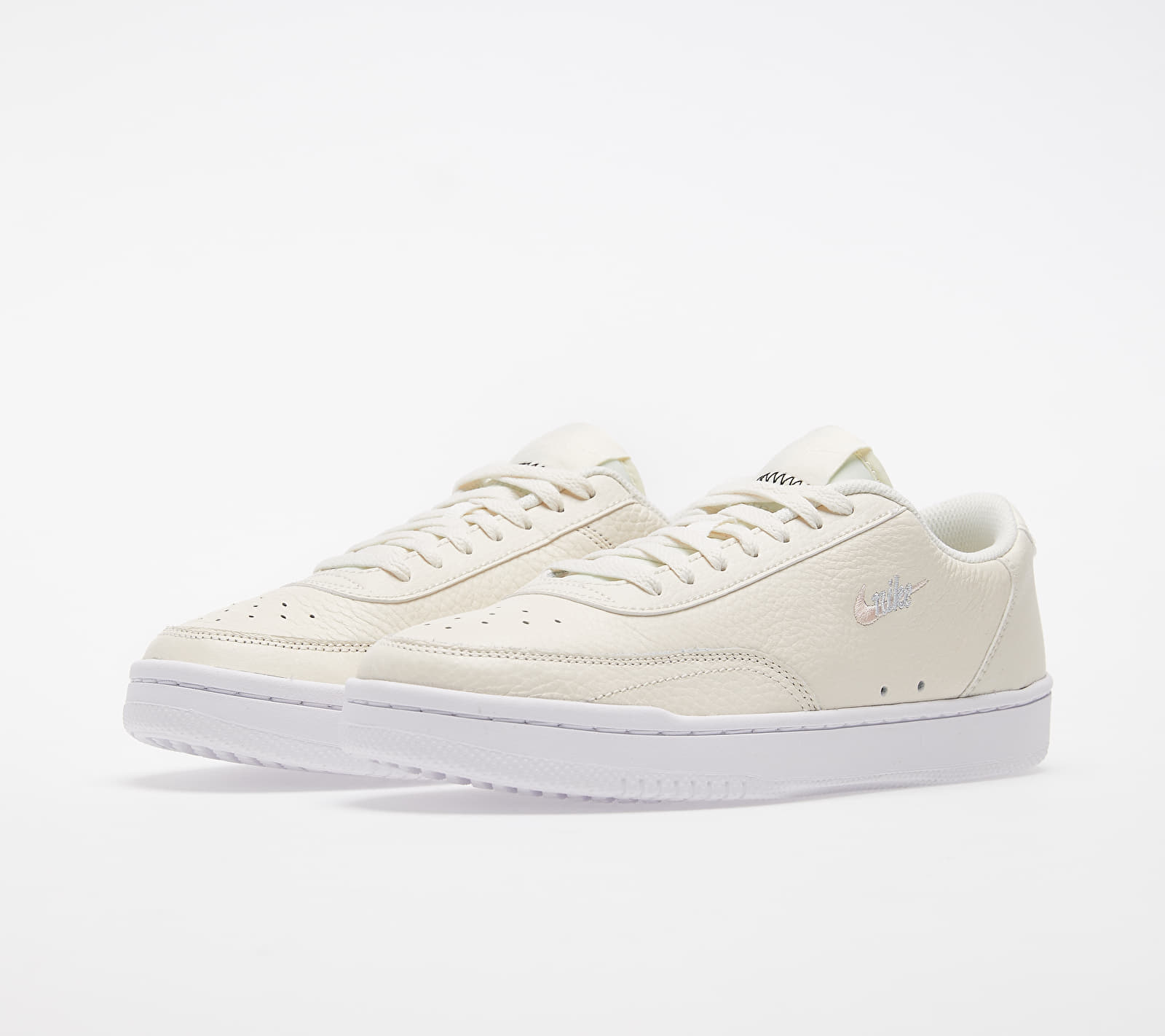 Nike Wmns Court Vintage Premium Pale Ivory/ Washed Coral-Aura, Brown