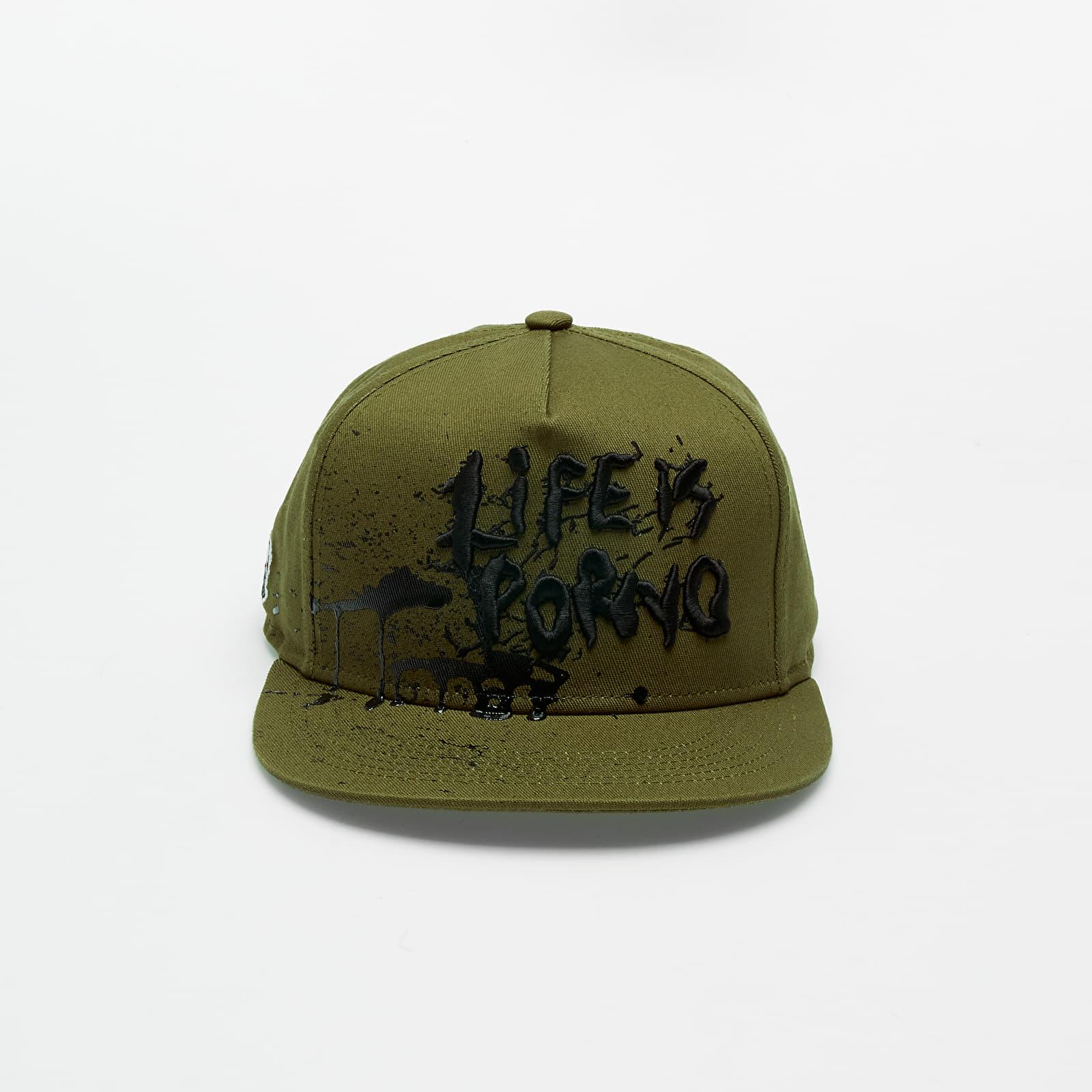 Kšiltovky LIFE IS PORNO Flat Army Cap Dark Green