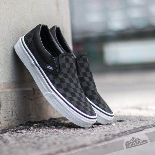 Vans Classic Slip On (Checkerboard) Black | Footshop