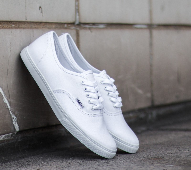 Vans Authentic Lo Pro True White | Footshop
