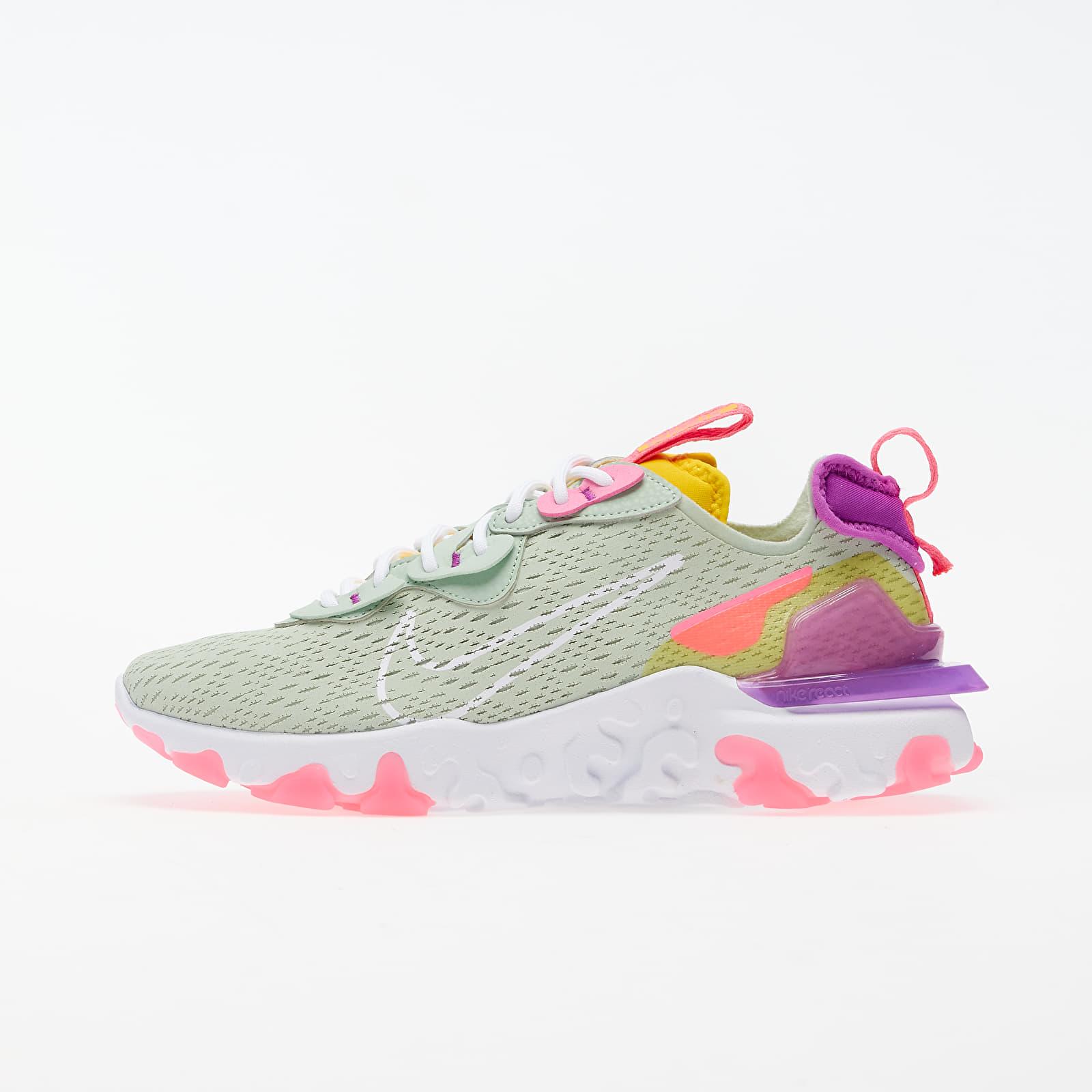 Încălțăminte pentru ea Nike W NSW React Vision Pistachio Frost/ White-Vivid Purple