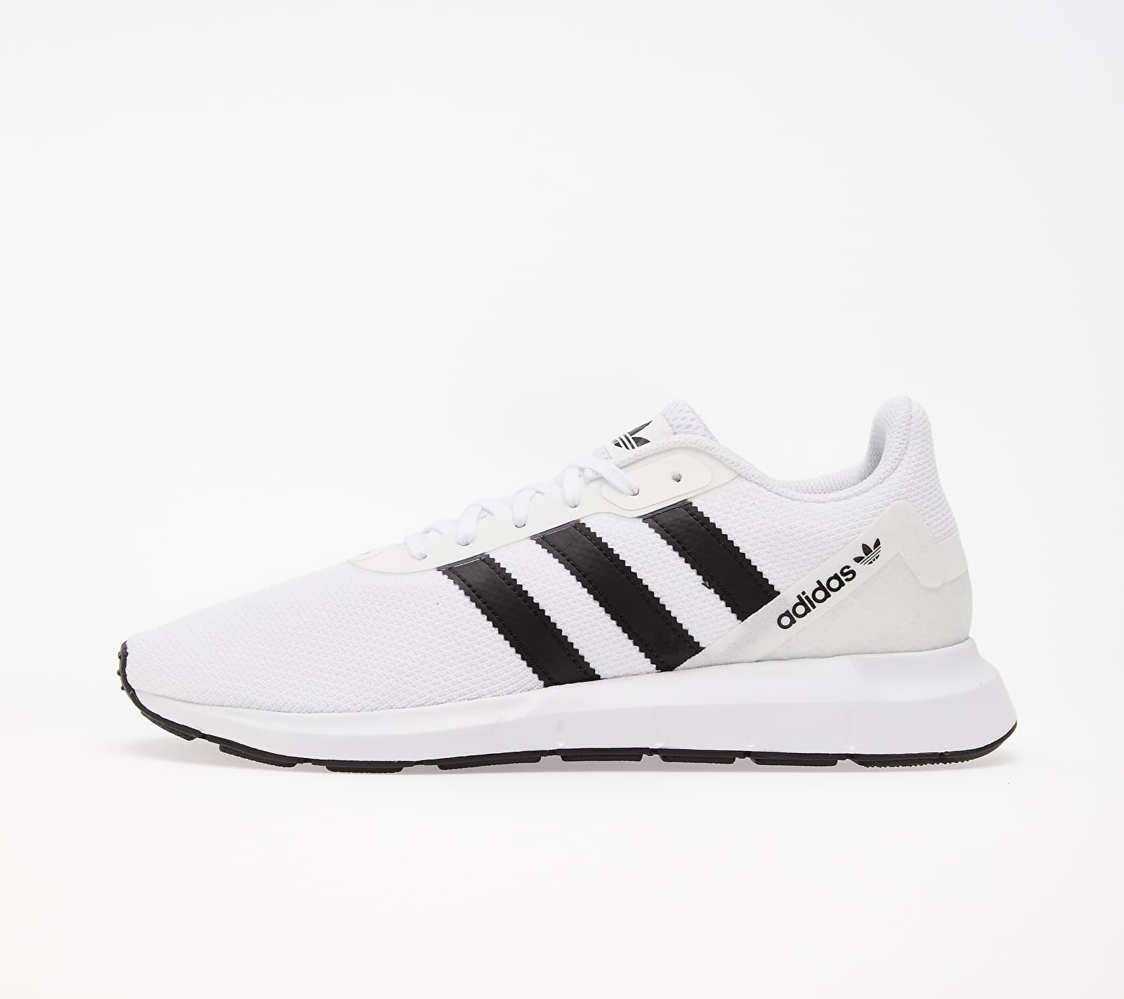 adidas Swift Run Rf Ftw White/ Core Black/ Ftw White EUR 47 1/3