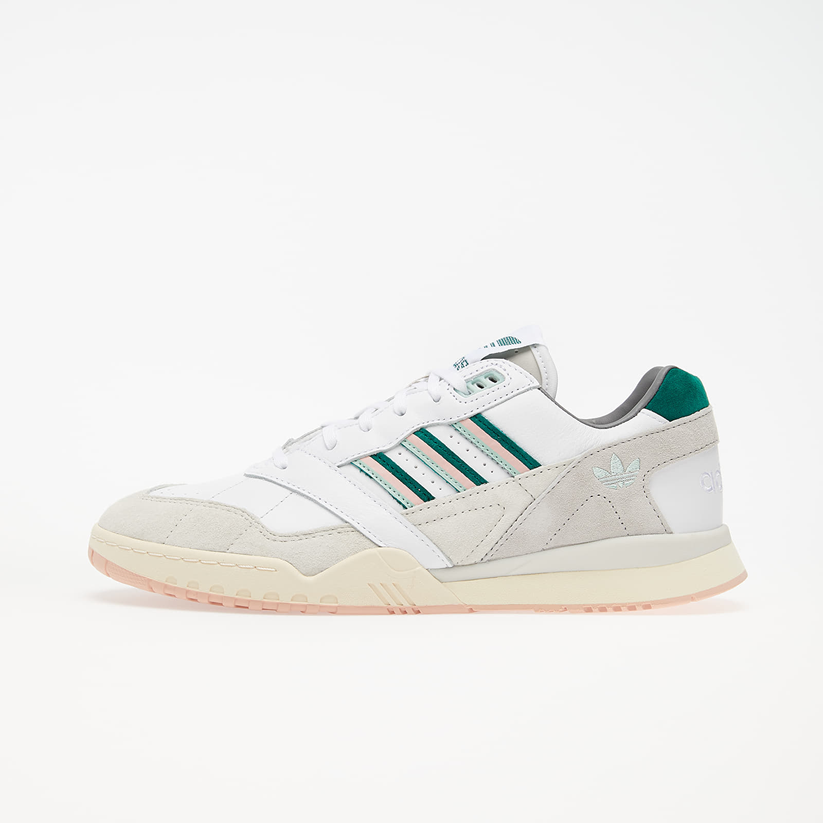 Chaussures et baskets homme adidas A.R. Trainer Ftw White/ Core Green/ Vapor Pink