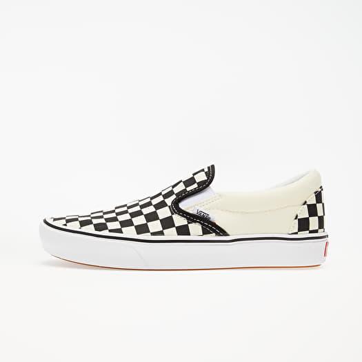 Vans ComfyCush Slip On (Classic) Checkerboardard True White
