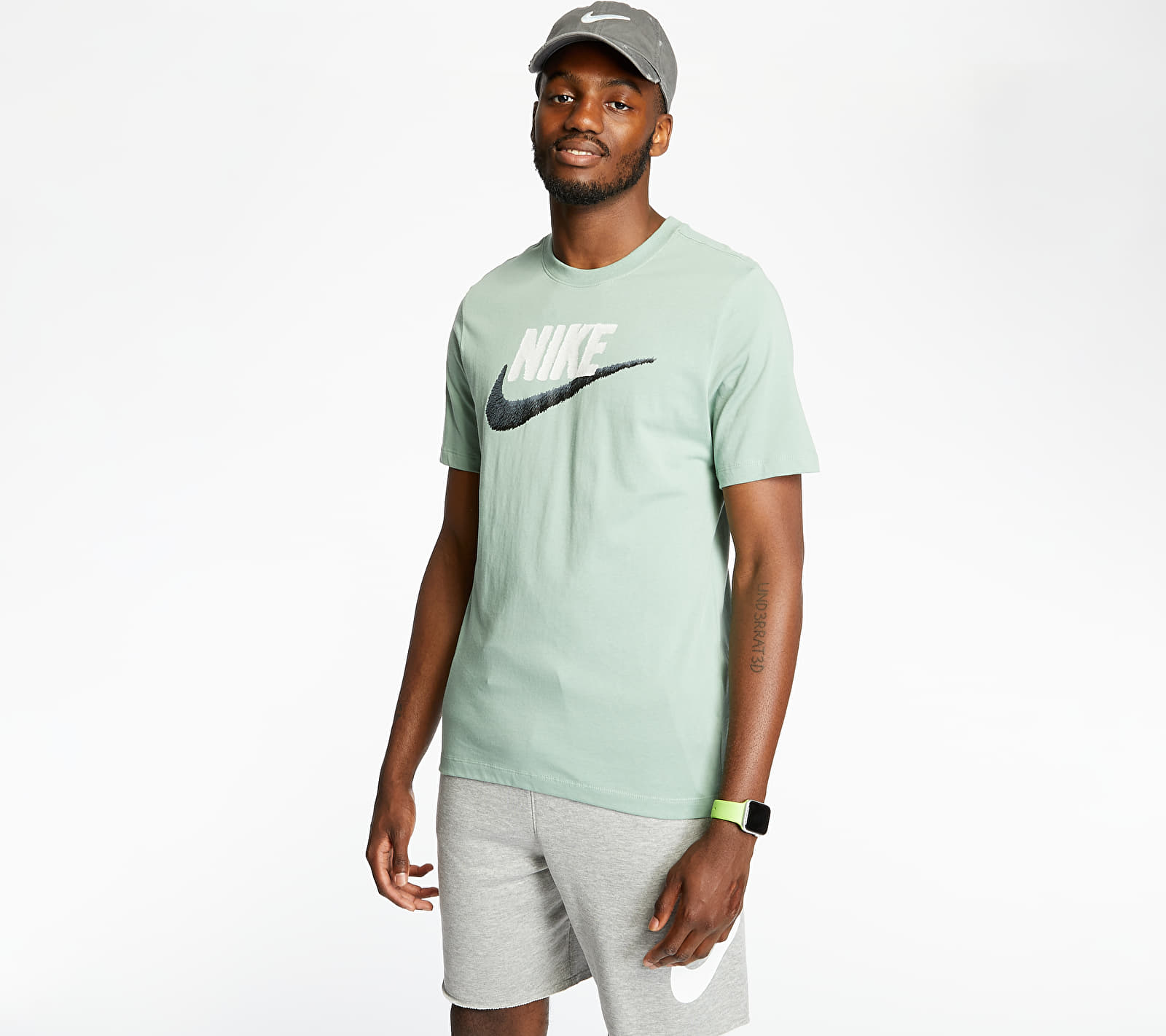 Nike Sportswear Brand Mark Tee Silver Pine/ Platinum Tint/ Black, Green