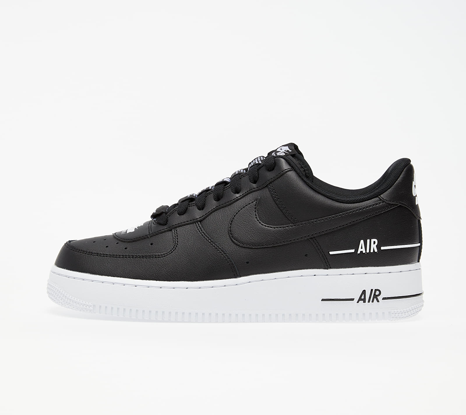 Air Force 1 '07 Lv8 3 Black/ Black-White EUR 44.5