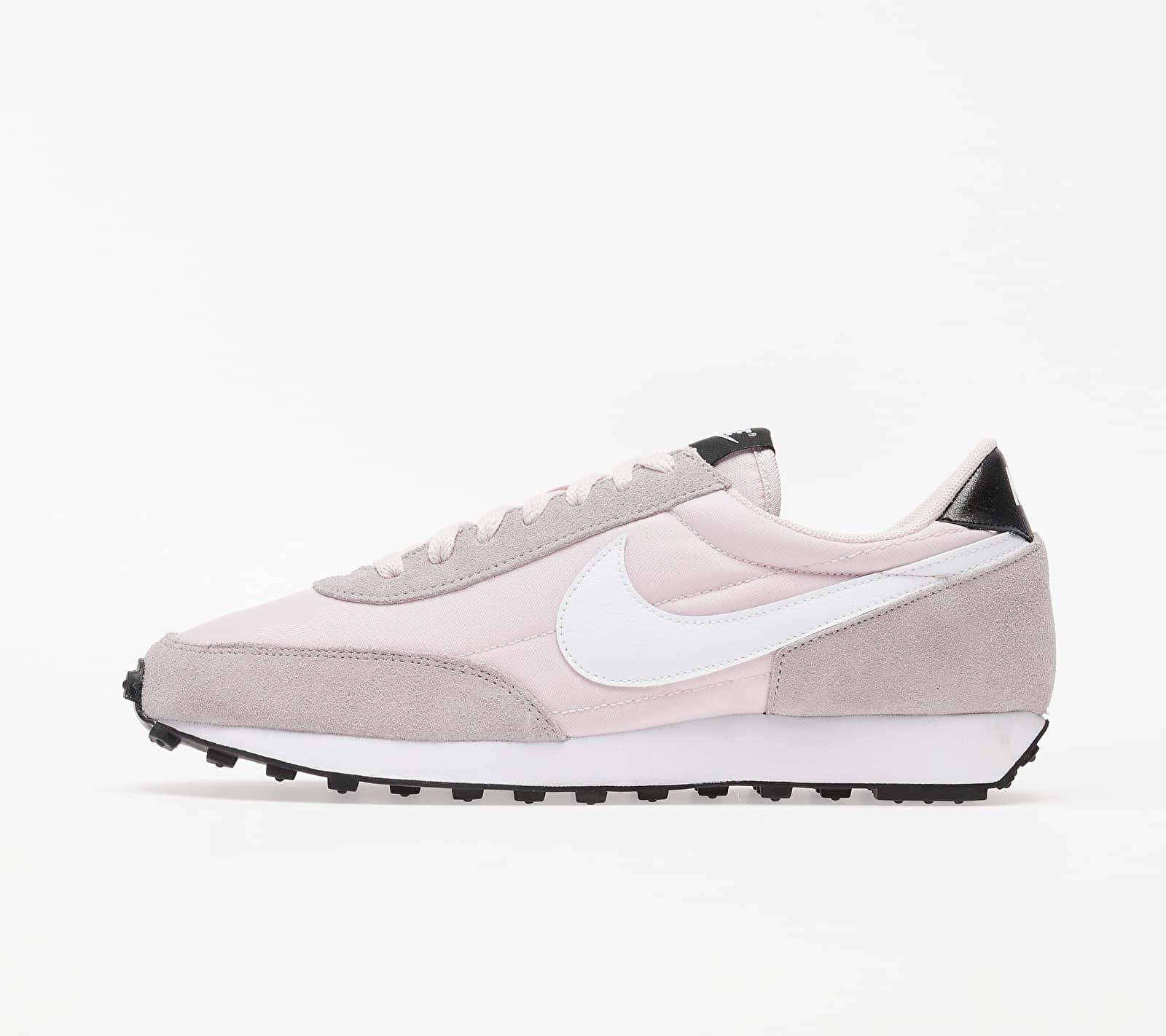 Nike W Dbreak Barely Rose/ White-Silver Lilac-Black EUR 40.5