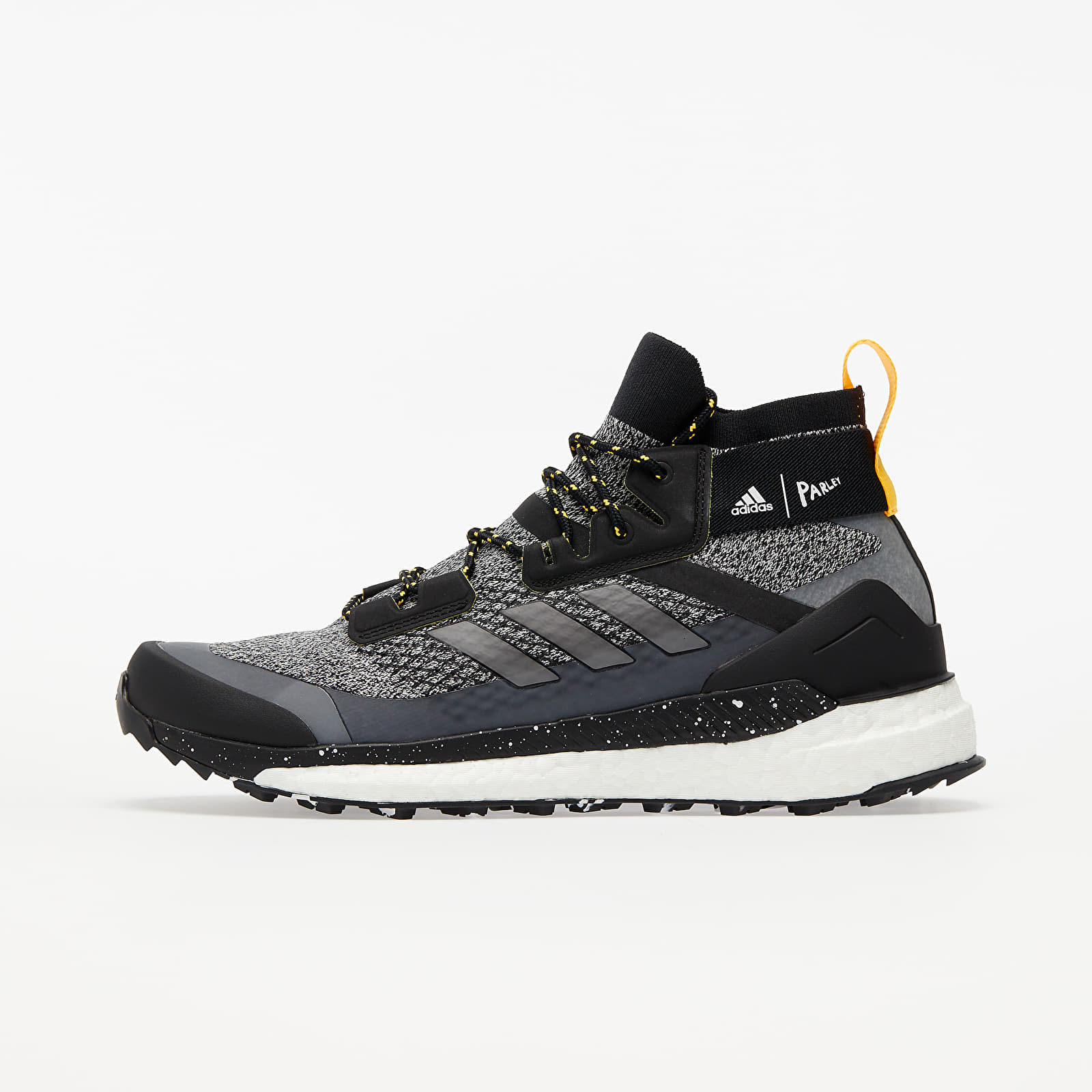 Men's shoes adidas Terrex Free Hiker Parley Core Black/ Crystal White/ Solid Gold