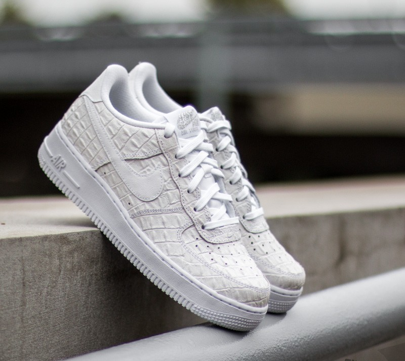 Nike Air Force 1 LV8 (GS) White  White  a8b13f7f55