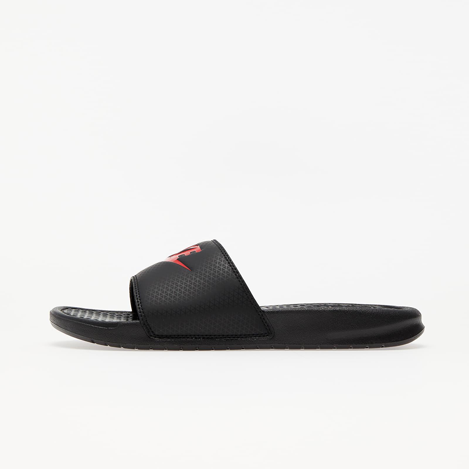 Scarpe e sneaker da uomo Nike Benassi Jdi Black/ Challenge Red