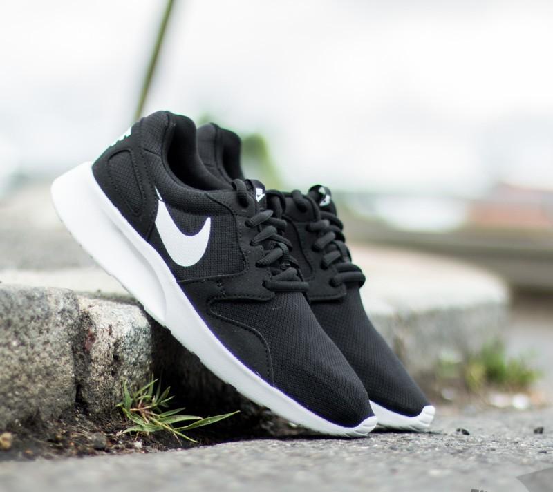 premium selection 0e538 cf31b Nike Kaishi Black  White