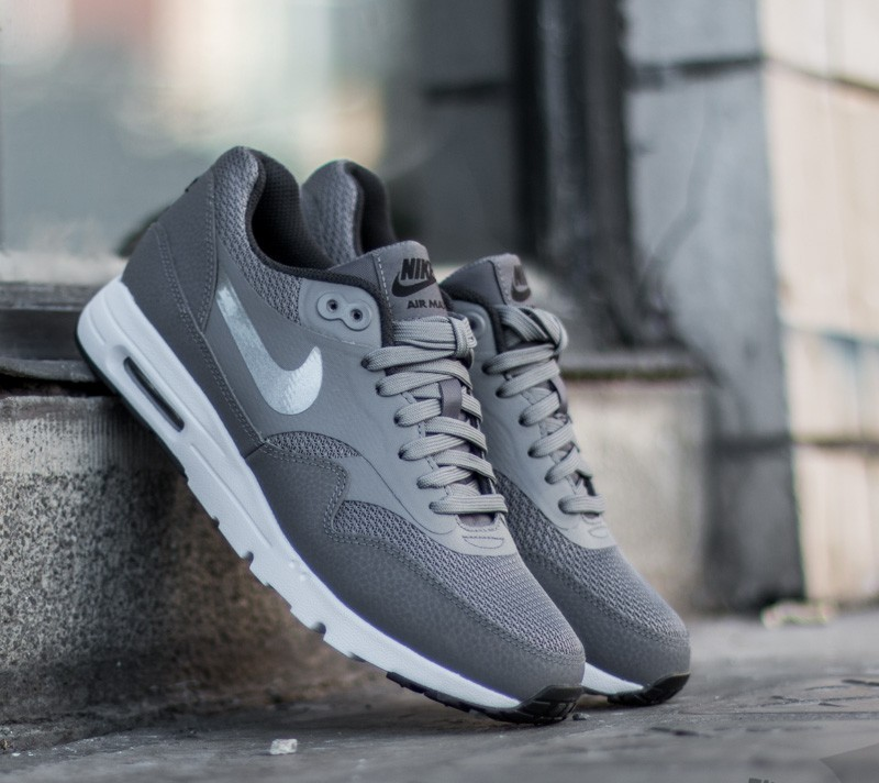 Nike W Air Max 1 Ultra Essentials Dark Grey  Dark Grey- Black- Platinum 4c2ff461ca