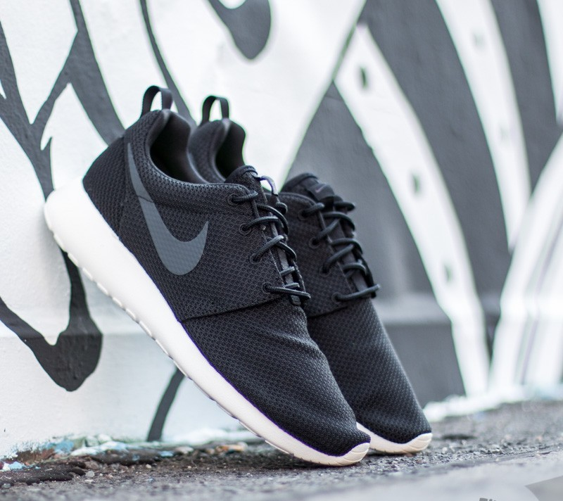 best authentic 71853 cc965 Nike Roshe One Black Anthracite-Sail  Footshop