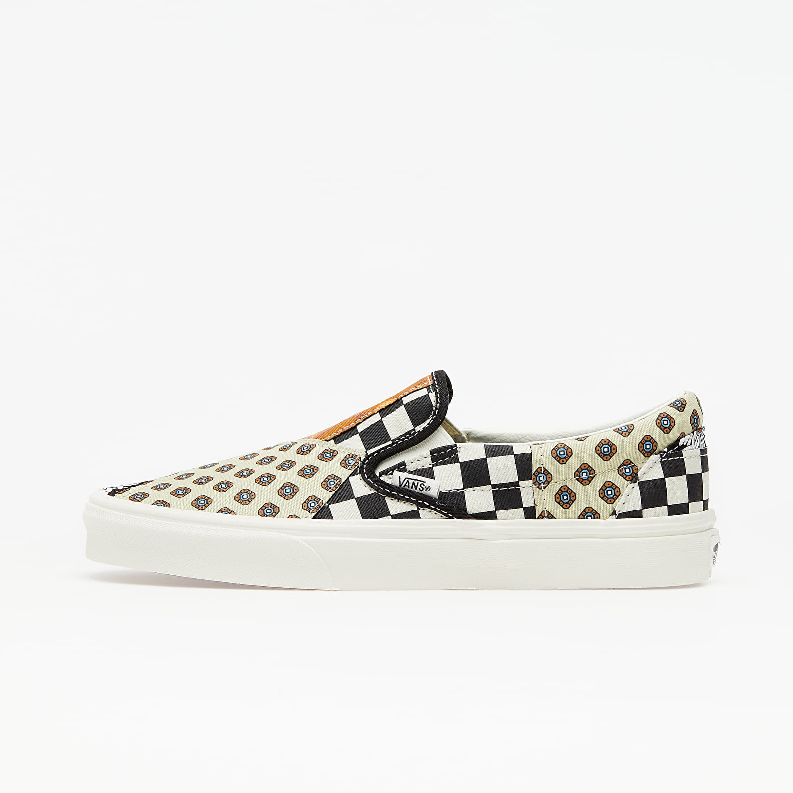Vans Classic Slip On (Tiger Patchwork) Black True White | Footshop