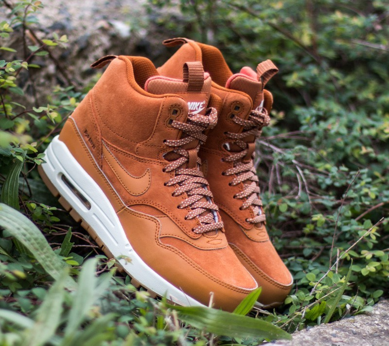 new concept d568b c0ef3 Nike Wmns Air Max 1 Mid Sneakerboot