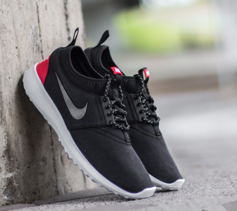 4f4816bb89d5 Nike Wmns Juvenate TP Black  Black- Chllng Red- White