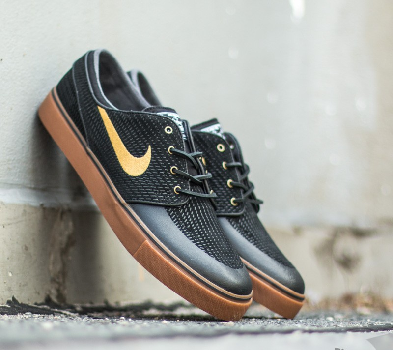 Nike Zoom Stefan Janoski PR SE Black Metallic Gold-Gum Medium Brown-White 81918c7ec542